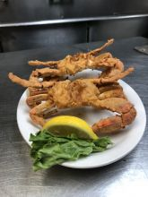 Diamond Shoals Restaurant, Fried Crabs at Seafood Market
